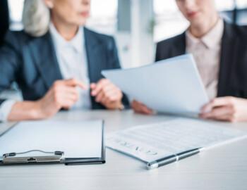 A importância de uma boa redação e análise de contratos